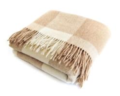 sheconomy_warm-blanket